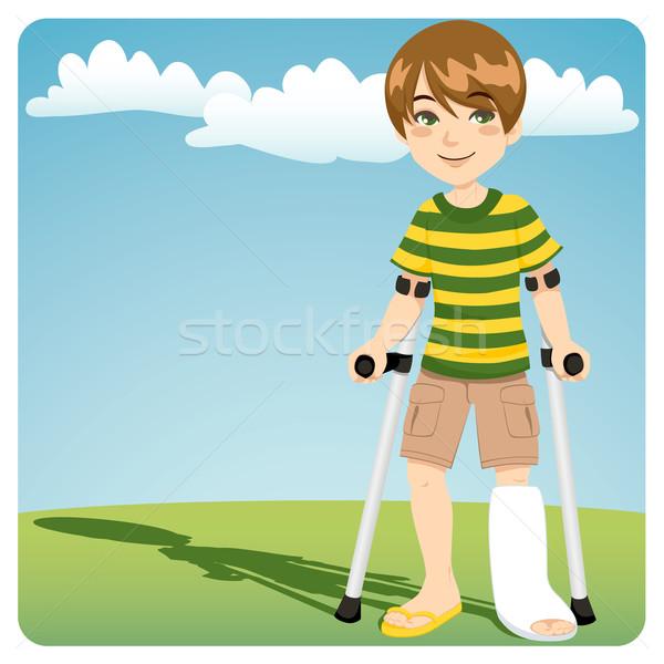 Törött boka fiatal srác sétál kint mankók Stock fotó © Kakigori