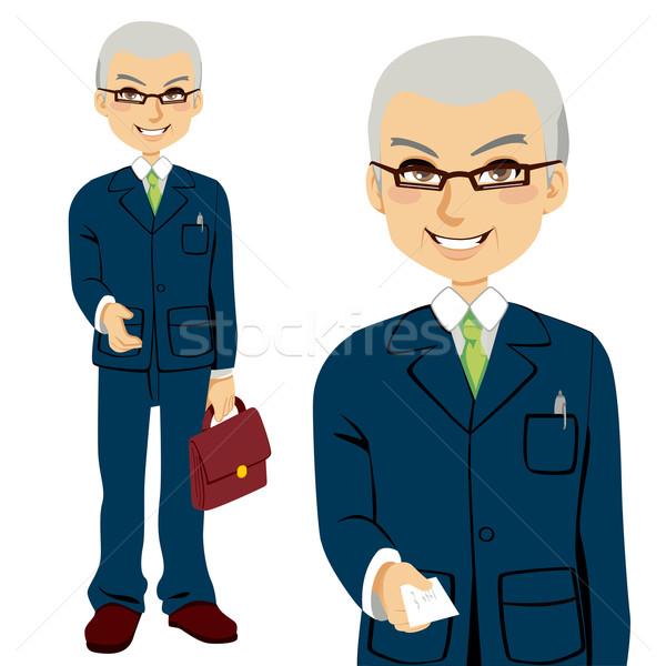 Senior verkoper visitekaartje aanbieden hand handdruk Stockfoto © Kakigori
