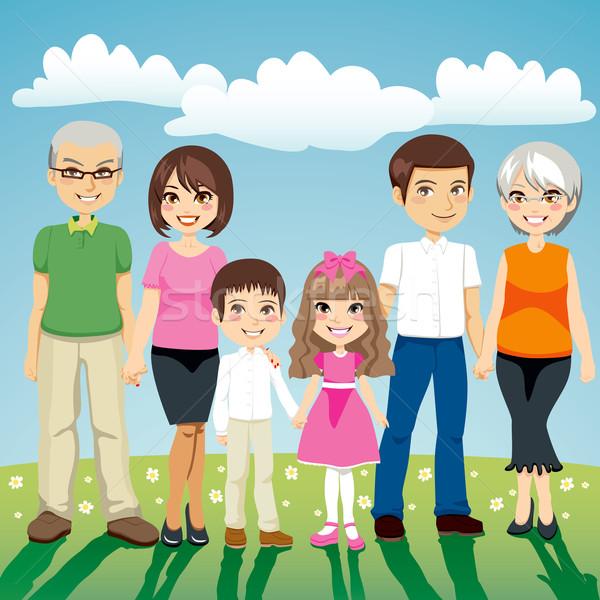 大家庭 肖像 六人 常設 戶外活動 手牽著手 商業照片 © Kakigori