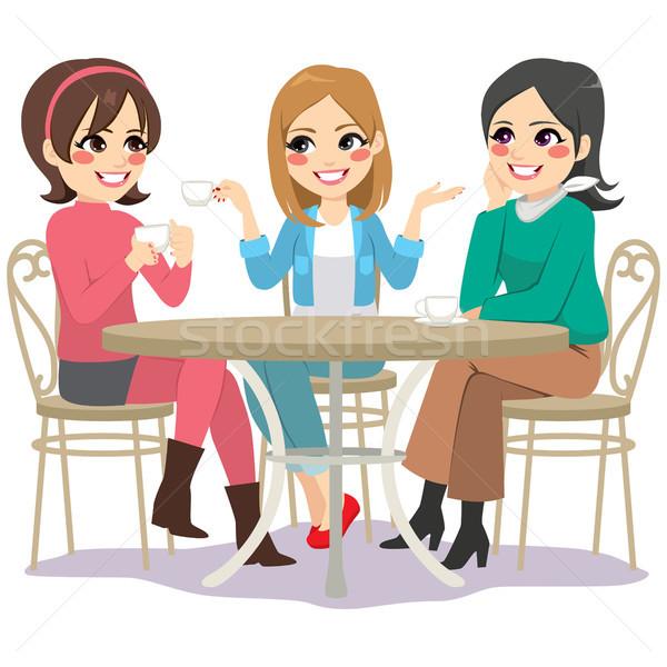 Znajomych Kafejka ulicy trzy piękna młodych kobiet Zdjęcia stock © Kakigori