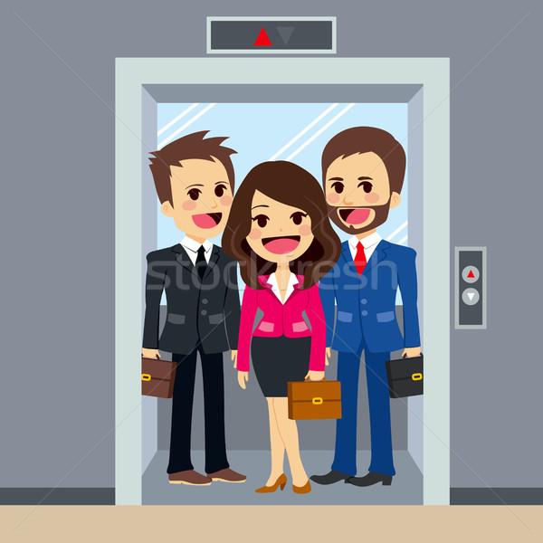 エレベーター ビジネスの方々  オフィスビル 一緒に オフィス ストックフォト © Kakigori