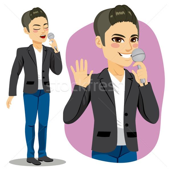 Mannelijke zanger aantrekkelijk jonge microfoon zingen Stockfoto © Kakigori