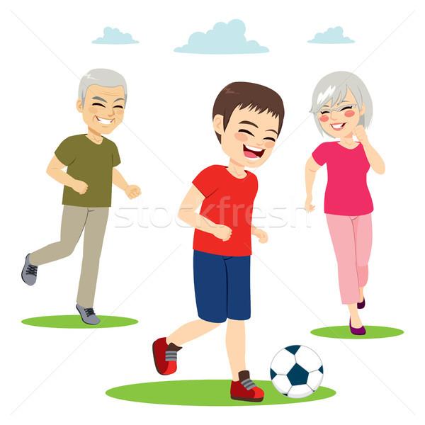 Avós neto jogar jovem futebol feliz Foto stock © Kakigori