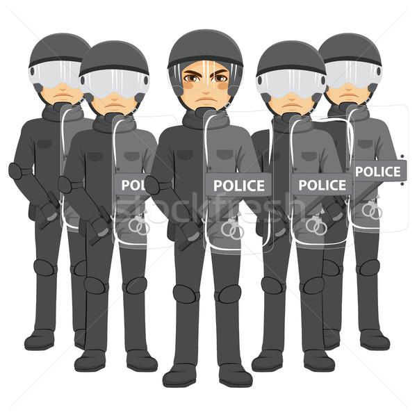 Policía antidisturbios equipo armado pie de trabajo Foto stock © Kakigori