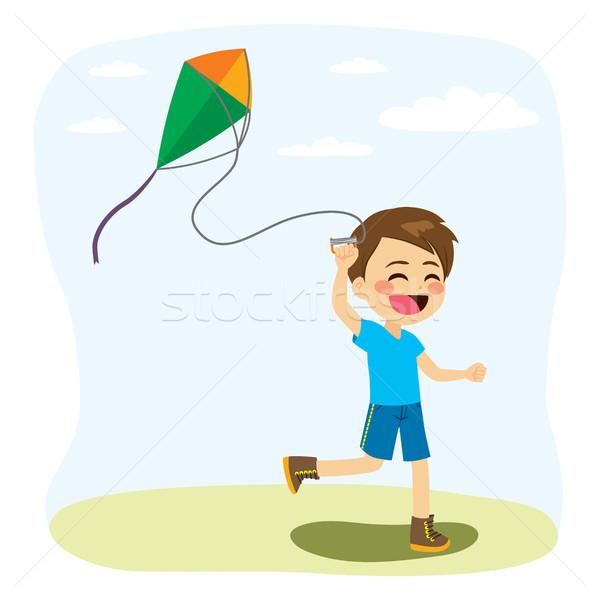 Jongen spelen Kite jonge weinig vrolijk Stockfoto © Kakigori