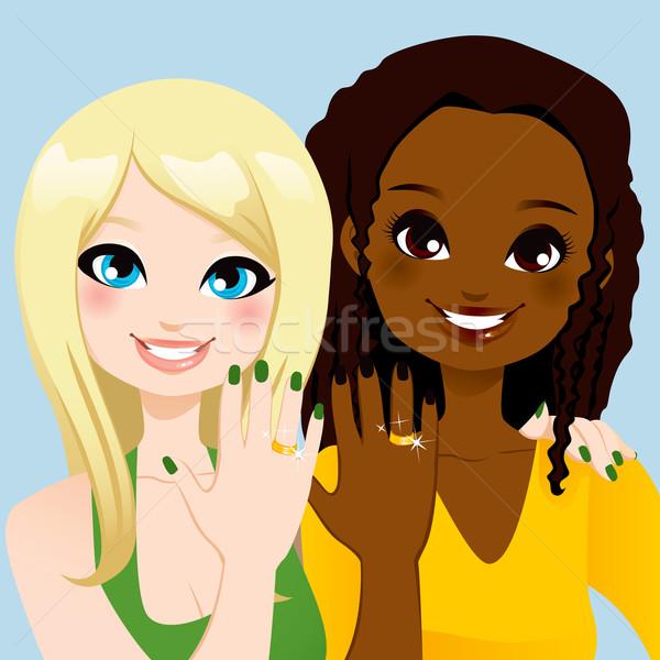 Voor altijd vrienden ring jonge vrouw tonen vriendschap Stockfoto © Kakigori