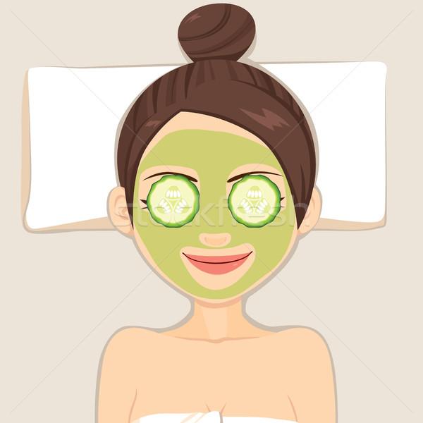 Beauté concombre masque femme visage traitement de la peau Photo stock © Kakigori