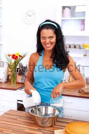 Gosto sorridente mulher sexy creme bolinhos Foto stock © kalozzolak