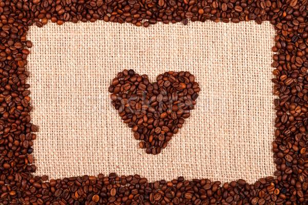 Amore caffè cuore frame chicchi di caffè tela ruvida Foto d'archivio © kalozzolak