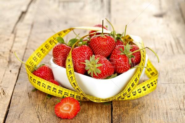 Egészséges étrend gyümölcsök tál friss eprek körül Stock fotó © kalozzolak