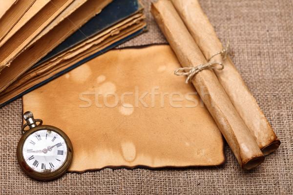 Edad reloj de bolsillo libros vista Foto stock © kalozzolak