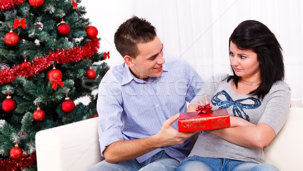 Christmas pojednanie chłopak zdenerwowany sympatia obecnej Zdjęcia stock © kalozzolak