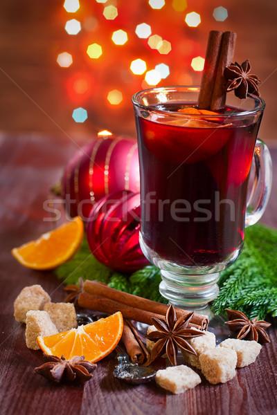 Christmas wina przyprawy pomarańczowy selektywne focus szkła Zdjęcia stock © Karaidel