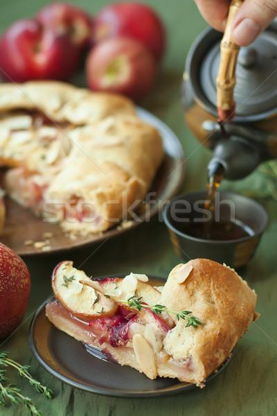 Fruits tarte thé maison fruits d'été amande Photo stock © Karaidel