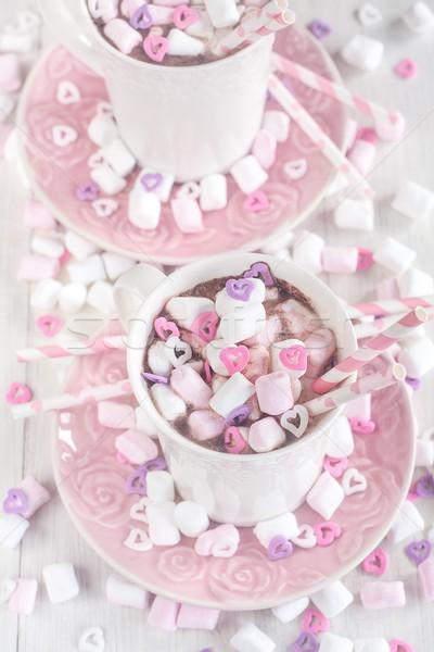 Chocolat chaud guimauve mug coeur bonbons Photo stock © Karaidel