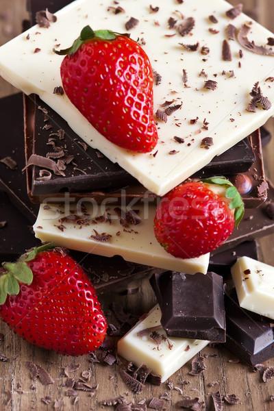 çikolata kule çilek olgun grup Stok fotoğraf © Karaidel