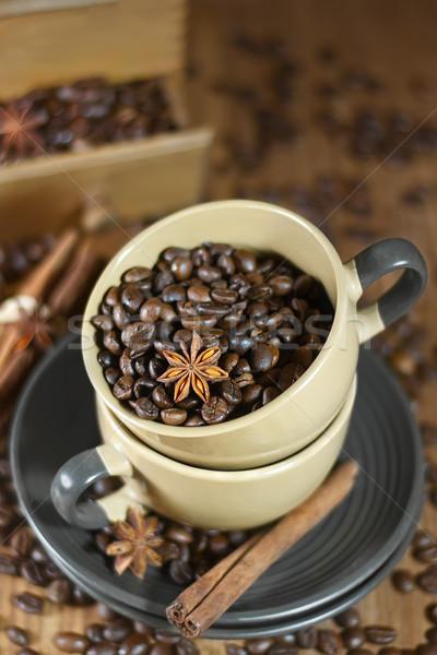 Grãos de café estrela anis cerâmico Foto stock © Karaidel