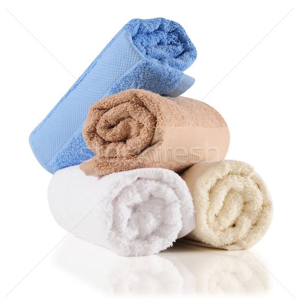 Fürdőkád törölközők vágási körvonal bolyhos izolált fehér Stock fotó © karammiri