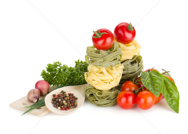 итальянской кухни пасты помидоров свежие травы изолированный Сток-фото © karandaev