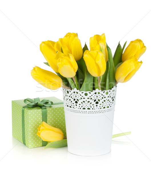Amarillo tulipanes jarrón caja de regalo aislado blanco Foto stock © karandaev