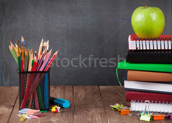 Iskola irodaszerek alma osztályterem asztal iskolatábla Stock fotó © karandaev