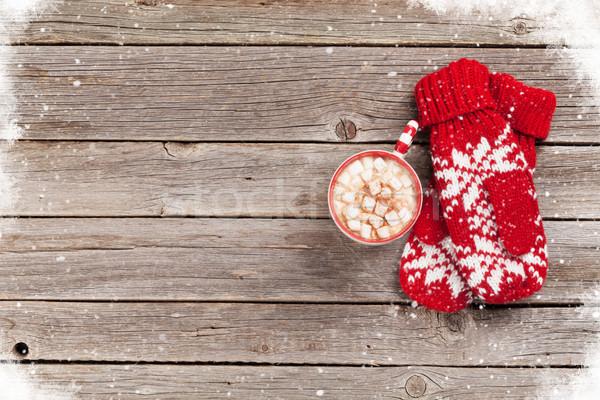 Ujjatlan kesztyűk forró csokoládé mályvacukor karácsony fa asztal felső Stock fotó © karandaev