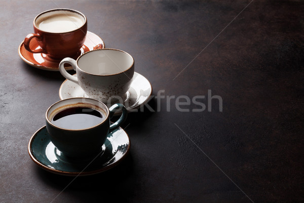 Koffiekopjes oude keukentafel exemplaar ruimte voedsel koffie Stockfoto © karandaev