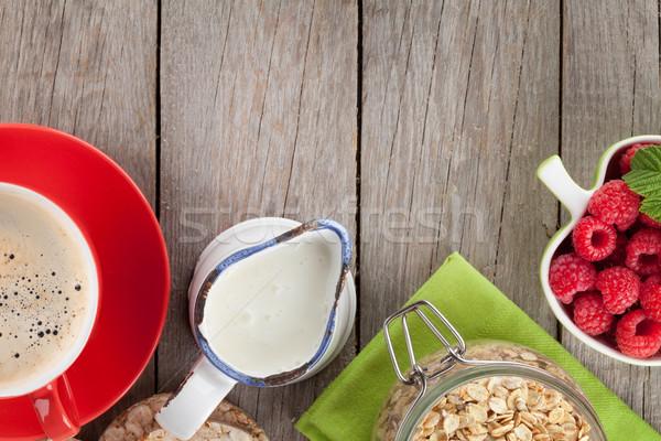 Stockfoto: Ontbijt · müsli · bessen · melk · houten · tafel