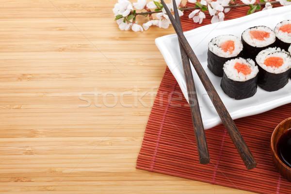 Foto stock: Sushi · maki · conjunto · sakura · ramo · bambu
