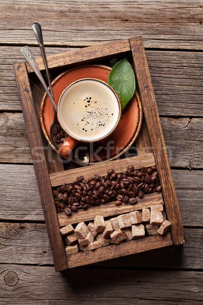 Tazza di caffè fagioli zucchero di canna top view Foto d'archivio © karandaev