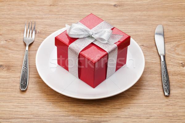 Saint valentin coffret cadeau plaque argenterie table en bois amour Photo stock © karandaev