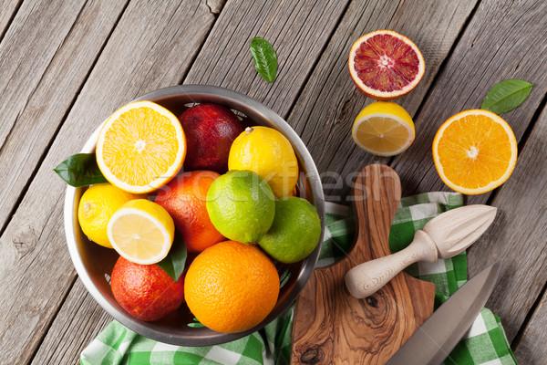 新鮮な 柑橘類 果物 木製のテーブル 先頭 表示 ストックフォト © karandaev