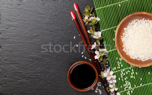 Japán szusi evőpálcikák szójaszósz tál rizs Stock fotó © karandaev