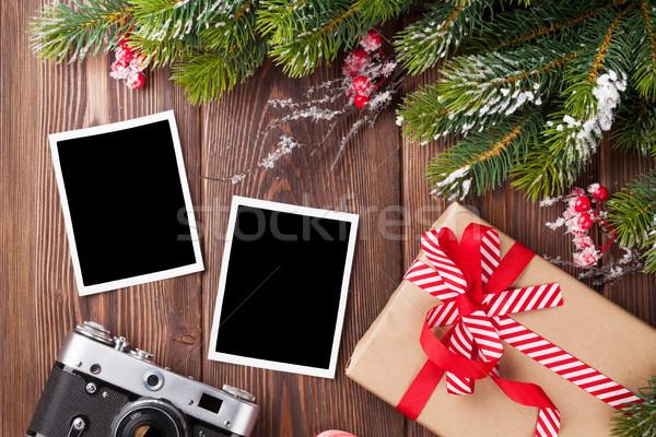 Foto's christmas geschenk pijnboom camera foto Stockfoto © karandaev