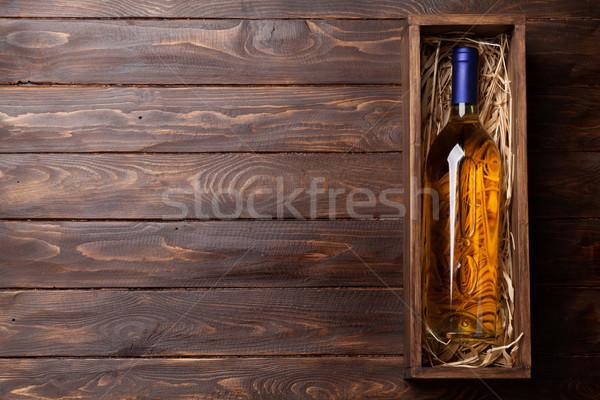 Beyaz şarap şişesi kutu üst görmek uzay tablo Stok fotoğraf © karandaev