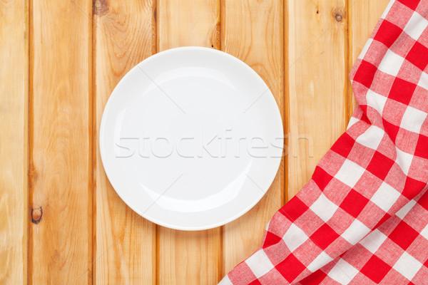 Pusty tablicy ręcznik drewniany stół widok z góry kopia przestrzeń Zdjęcia stock © karandaev