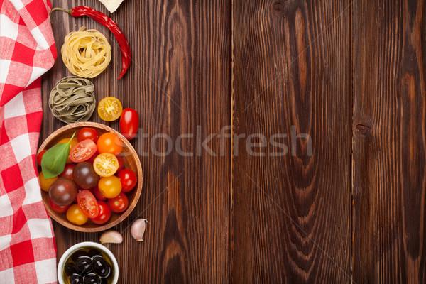 Comida italiana cocina ingredientes pasta hortalizas especias Foto stock © karandaev