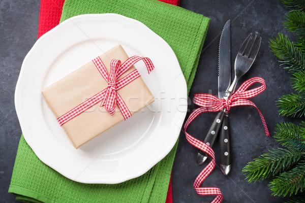 Karácsony ajándék doboz vacsora tányér ezüst étkészlet fenyőfa Stock fotó © karandaev