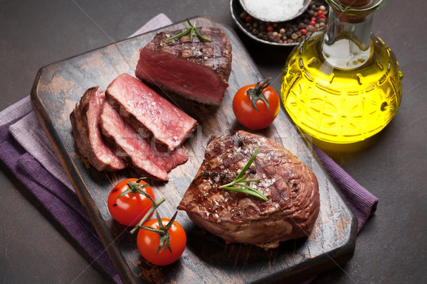 Gegrild filet biefstuk achtergrond Rood Stockfoto © karandaev