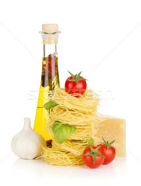Macarrão tomates manjericão azeite alho queijo parmesão Foto stock © karandaev