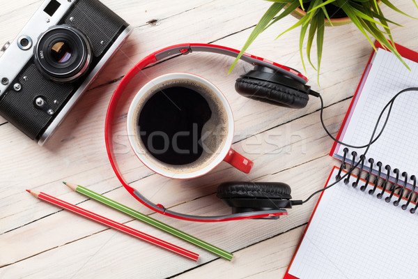 Szett utazás kamera fejhallgató jegyzettömb kávéscsésze Stock fotó © karandaev