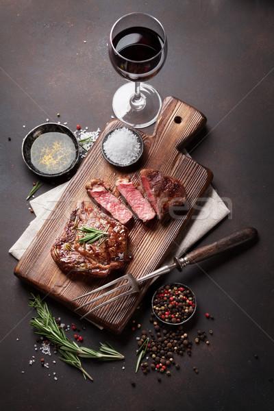 Stockfoto: Gegrild · biefstuk · rode · wijn · kruiden · specerijen · top