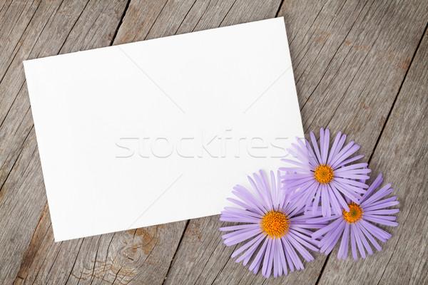 Photo frame flores mesa de madeira flor aniversário fundo Foto stock © karandaev