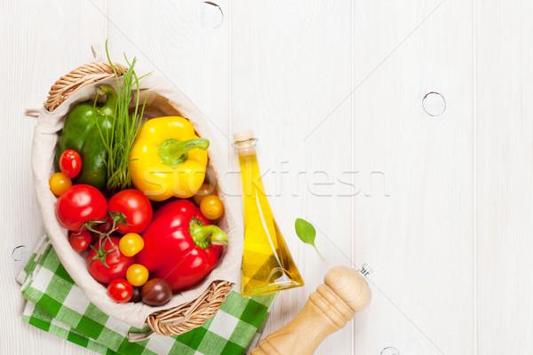 Verduras frescas mesa de madera superior vista espacio de la copia Foto stock © karandaev