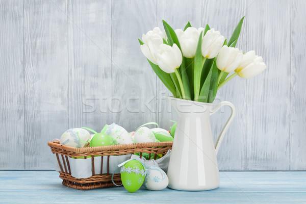 Easter eggs tulipani bouquet bianco legno muro Foto d'archivio © karandaev