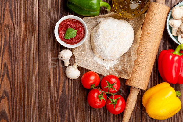 Pizza cocina ingredientes hortalizas especias superior Foto stock © karandaev