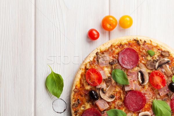 イタリア語 ピザ ペパロニ 木製のテーブル 先頭 表示 ストックフォト © karandaev