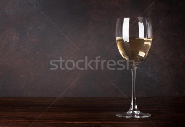 Witte wijn glas Blackboard muur exemplaar ruimte voedsel Stockfoto © karandaev