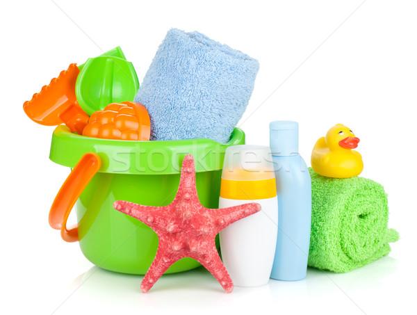 Stock fotó: Tengerpart · babajátékok · törölközők · üvegek · izolált · fehér