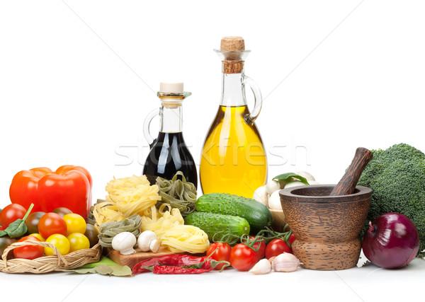 Vers ingrediënten koken pasta tomaat komkommer Stockfoto © karandaev
